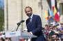 Edouard Philippe préside la journée de clôture des Fêtes de Jeanne d'Arc à Orléans, ce mardi 8 mai 2018, suite à l'invitation du maire de la ville, Olivier Carré.