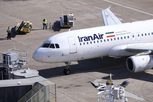 L'américain Boeing et l'européen Airbus avaient signé des contrats pour fournir des avions à Iran Air.