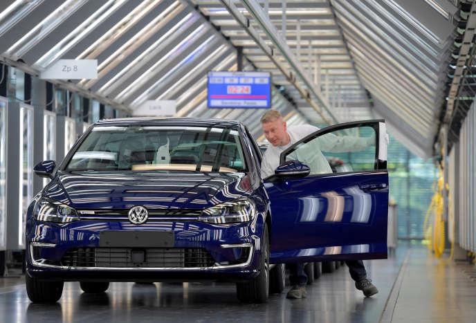 Dans une usine Volkswagen à Dresde en Allemagne, le 8 mai.