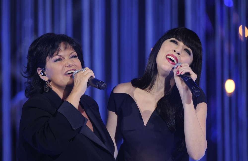 Avec Nolwenn Leroy, lors de l'édition 2011 des Victoires de la musique.