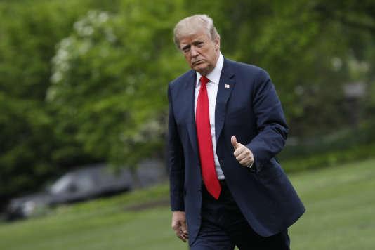 Donald Trump a détaillé ses arguments le 13 octobre 2017 dans un discours sur sa « stratégie iranienne », qui a coïncidé avec la première prise de distance concrète vis-à-vis de ce compromis historique.