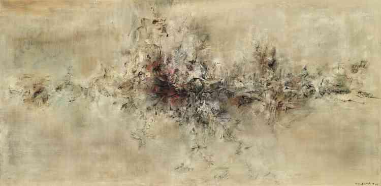 """«""""Traversée des apparences"""", peint dans des tons neutres, témoigne du passage de Zao Wou-ki à une expression picturale où les références au monde environnant disparaissent. Comme le dit le titre, sa peinture tend à s'affranchir de toute représentation.»"""