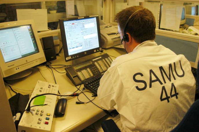 Il existe un SAMU par département et 103 au total, qui ont chacun la charge des urgences locales.