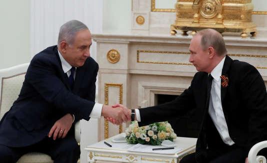Benjamin Nétanyahou et Vladimri Poutine à Moscou, le 9 mai.