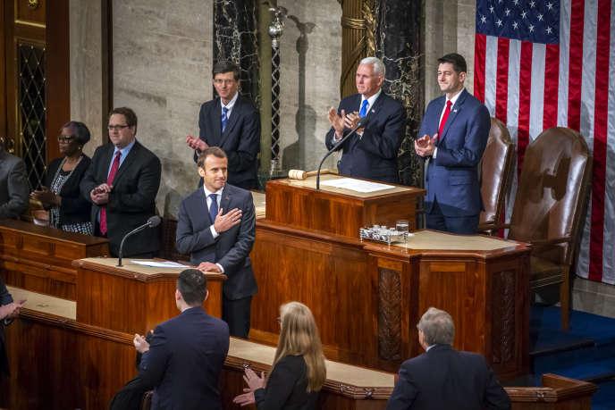 Emmanuel Macron parle devant le Congrès des Etats-Unis au Capitole à Washington DC, mercredi 25 avril.