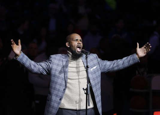 Le chanteur R. Kelly a été exclu des playlists de Spotify, le jeudi 10 mai 2018.