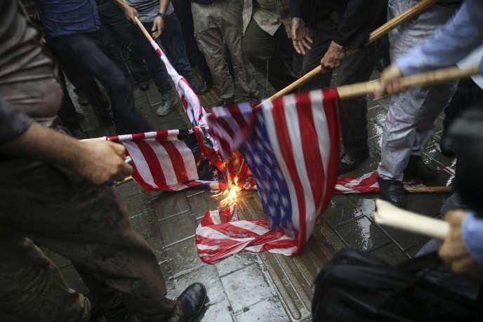 Manifestation le 9 mai à Téhéran contre le retrait des Etats-Unis de l'accord sur le nucléaire iranien.