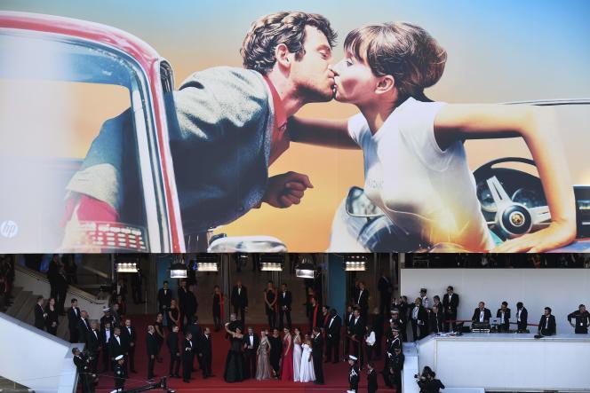 Tapis rouge sur les marches du Palais des festivals à Cannes, le 8 mai.