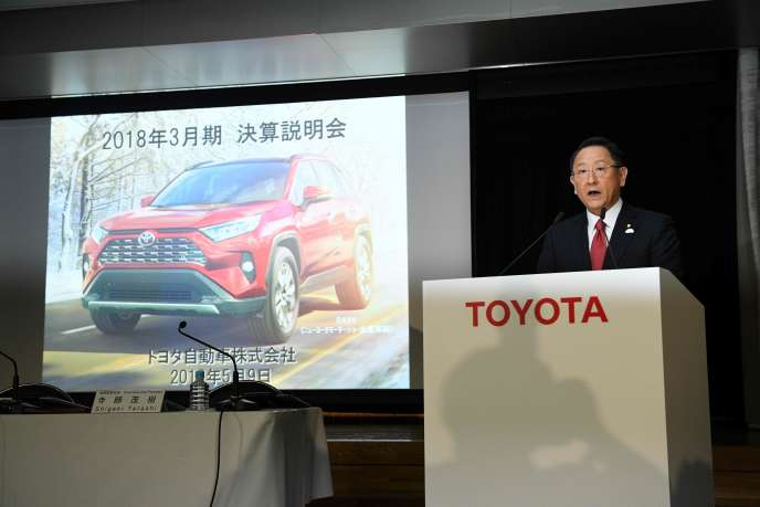 Akio Toyoda, le président de Toyota Motor, lors de l'annonce des résultats financiers du groupe automobile japonais, à Tokyo, le 9 mai.