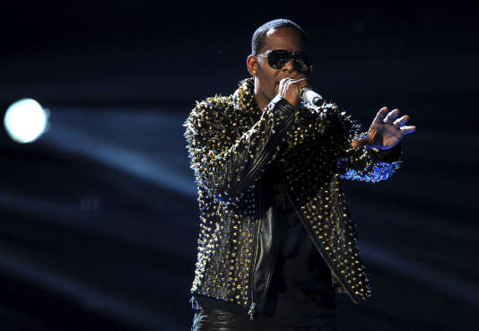 Spotify retire l'artiste R. Kelly de ses playlists