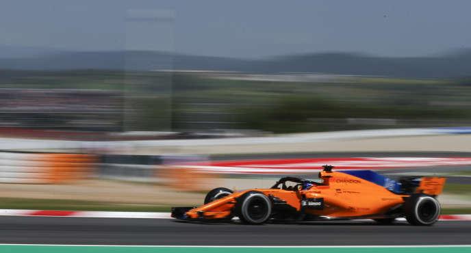 La McLaren-Renault de Fernando Alonso lors des essais libres du 11mai à Montmelo (Catalogne).