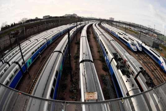 Des trains en gare de Lyon, le 4 avril 2018.