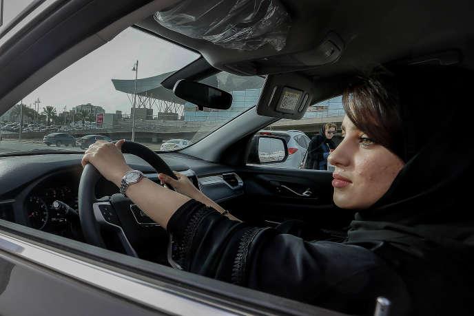 Lors d'un salon automobile réservé aux femmes, à Riyad, le 13 mai.