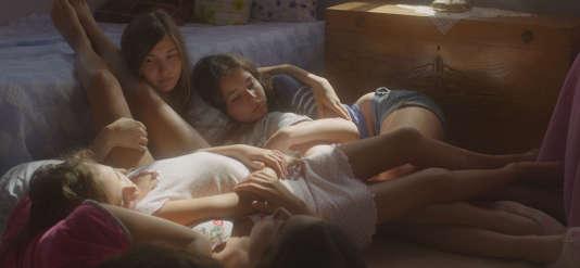 Dans « Mustang», cinq sœurs liées comme les doigts de la main.