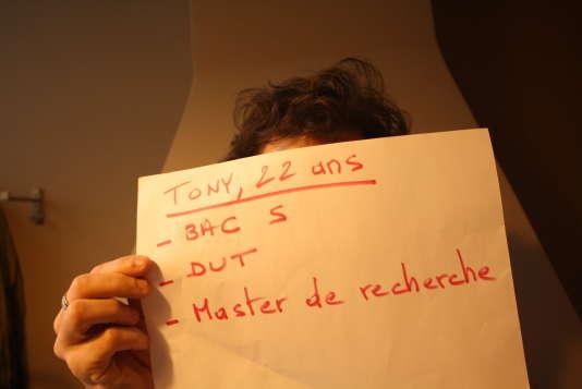 Tony, 22 ans, Lille.