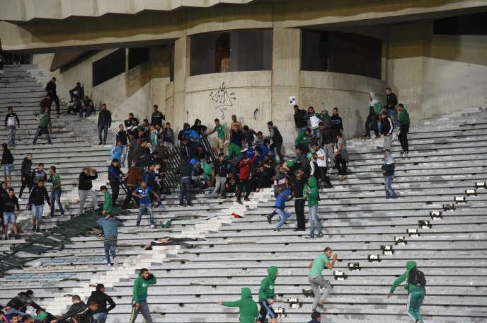 Incidents lors d'un match du Raja de Casablanca, enmars2016.