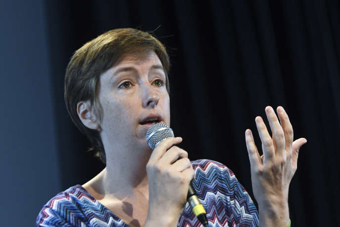 La militante Caroline De Hass fait partie des signataires de la pétition contre l'article 2 du projet de loi porté par Marlène Schiappa.