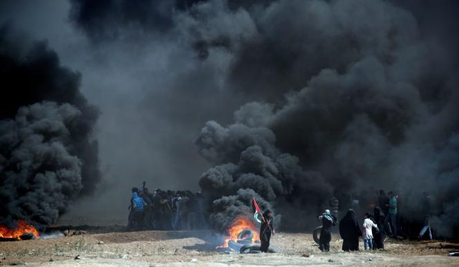 A la frontière entre la bande de Gaza et Israël, lundi 14 mai.