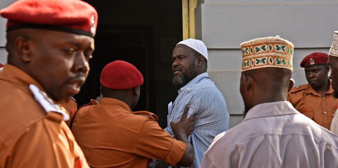 Le chef rebelle Jamil Mukulu à son arrivée à la Haute Cour ougandaise, à Kampala, le 14mai 2018.