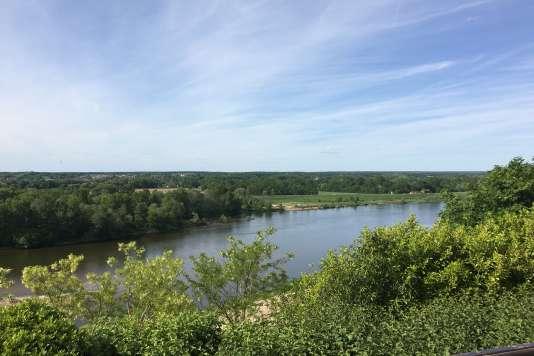 La vue sur la Loire, depuis la terrasse du château.