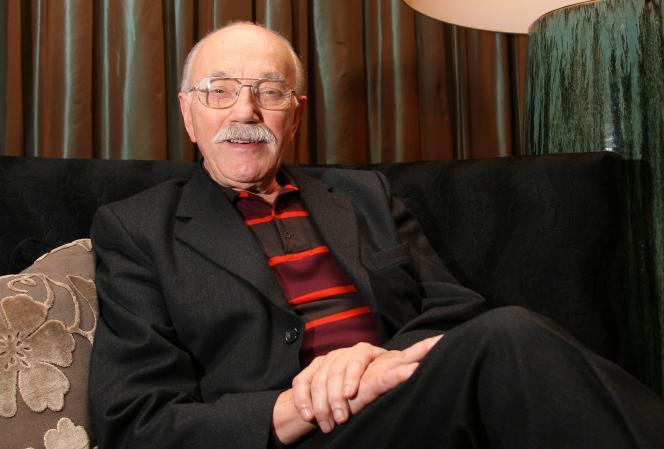 Le dessinateur belge William Vance à Bruxelles, en novembre 2007.