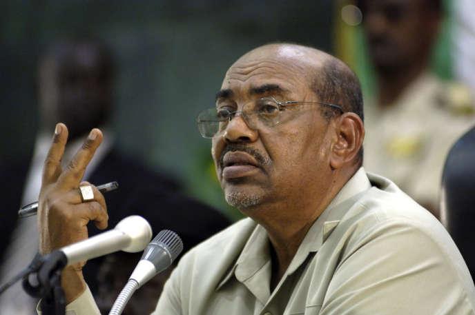 Le président soudanais Omar Al-Bachir, à Juba, au Soudan du Sud, en août 2008.