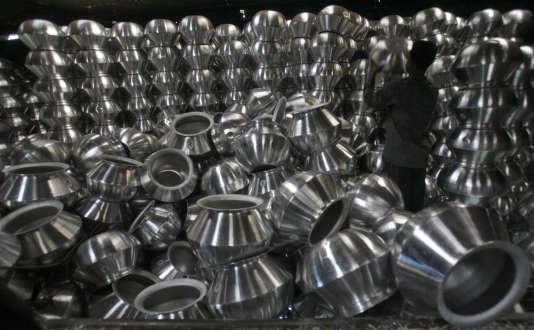Une fabrique d'ustensiles en aluminium, en Inde, en mars 2012.