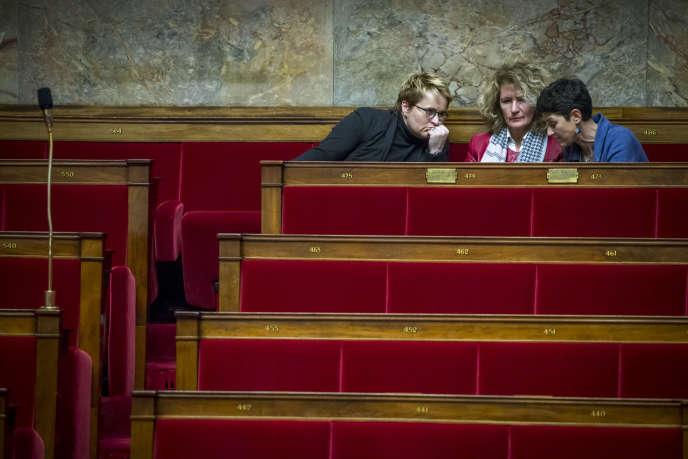 Emmanuelle Fontaine-Domeizel, Martine Wonner et Delphine Bagarry (LRM), à l'Assemblée, le 15 février.