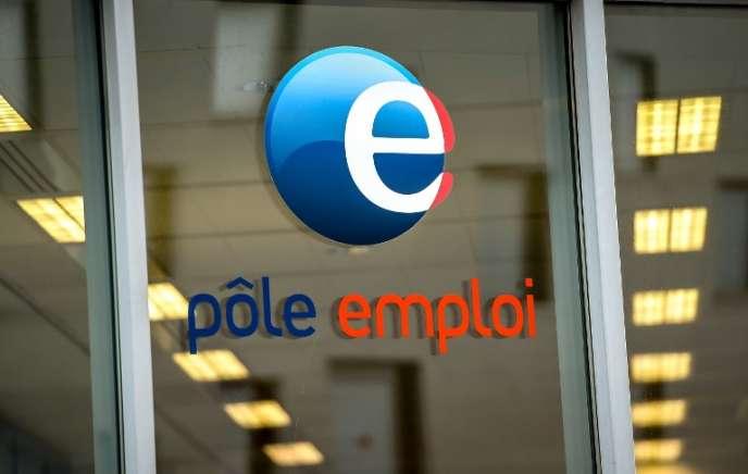 Logo Pôle emploi.