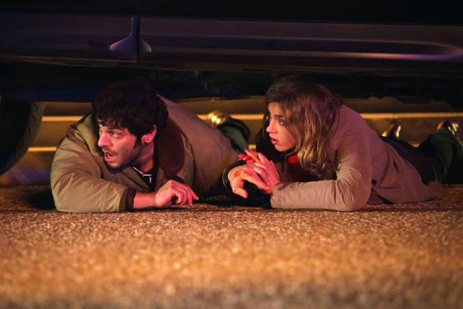 Pio Marmaï et Adèle Haenel dans « En liberté ! », de Pierre Salvadori.