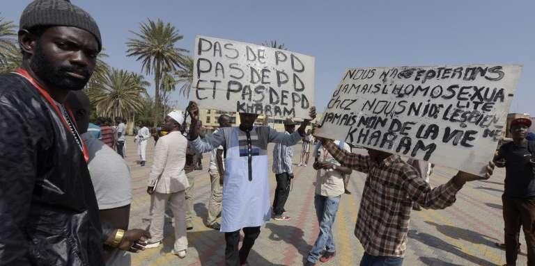 Manifestation contre l'homosexualité, à Dakar, le 22janvier 2015.