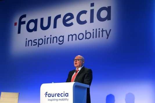 Patrick Koller, le directeur général de Faurecia, lors de la présentation des résultats 2016 de l'équipementier automobile, à Paris, le 9 février 2017.