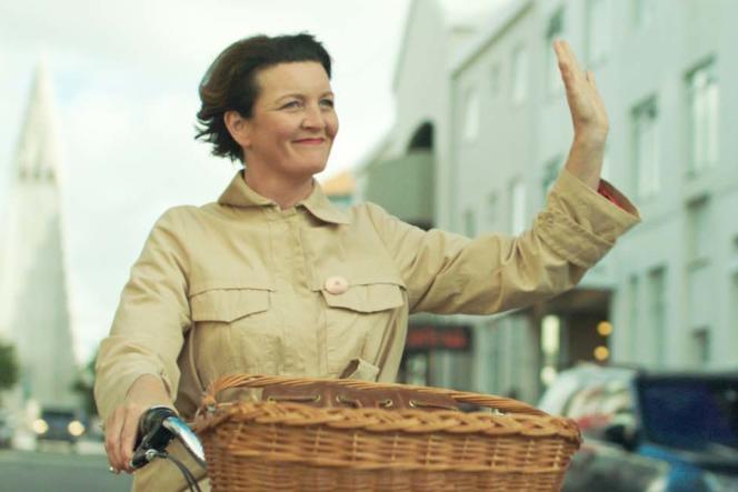 Halldora Geirhardsdottir dans« Woman at War», deBenedikt Erlingsson.