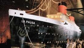 Au Grand Palais, le paquebot de Chanel, baptisé «LaPausa», du nom de la propriété de Gabrielle Chanel sur la Côte d'Azur.