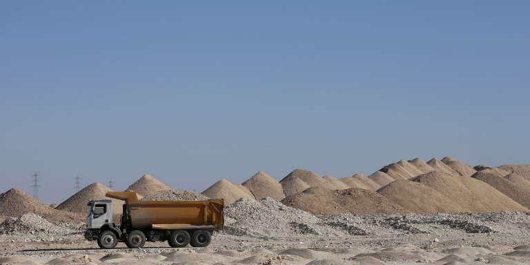 Une mine de phosphate à Boukraa, au Sahara occidental, en 2016.