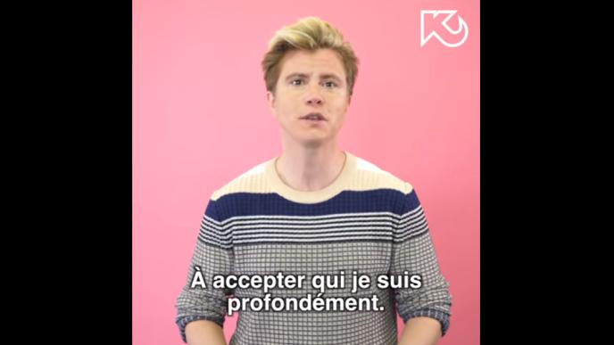 Le comédien et humoriste Océan fait son coming-out trans (capture d'écran Youtube / Komitid).