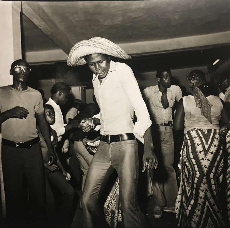 Soirée dansante à Abidjan dans les années 1970.