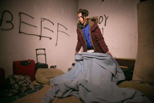 Modu a 19 ans et dort depuis 6 mois dans un immeuble abandonné appelé «Harvar», en Andalousie.