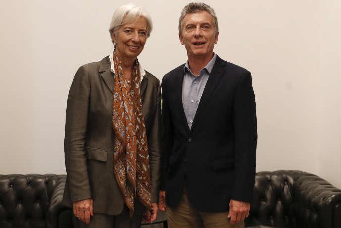 Le président argentin, Mauricio Macri, et la directrice générale du Fonds monétaire international, Christine Lagarde, à Buenos Aires, le 16 mars.
