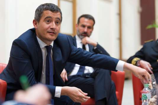 Gérald Darmanin, le ministre de l'action et des comptes publics, lors d'une rencontre avec des journalistes à Vichy, le 17 mai 2018.