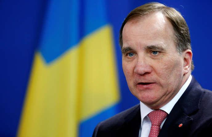 Le premier ministre suédois, Stefan Löfven (ici en mars, à Berlin), a promis de débloquer 400 millions d'euros pour les retraités.