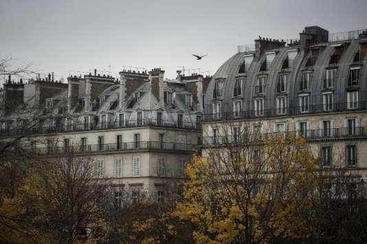 Paris, le 20 novmebre 2017. Les transactions immobilières ont progressé de 30 % depuis 2014 et la hausse des prix est parfois spectaculaire, comme dans la capitale. Les mandatairessont désormais 20726 répartis dans plus de 106 réseaux dans ce secteur.