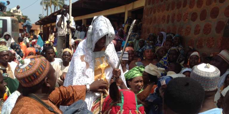 Recherche d'une femme au cameroun