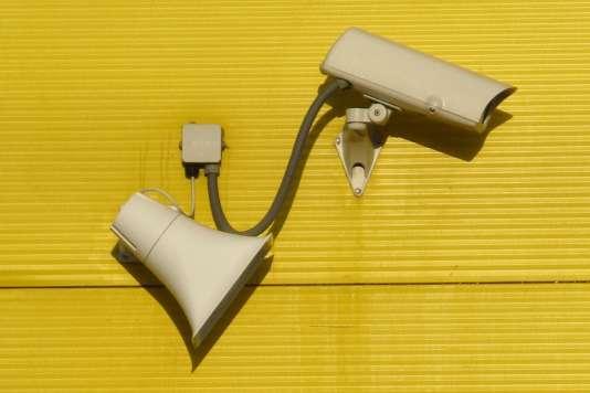 Les hôpitaux parisiens seront dotés d'ici trois ans de 40% de caméras de vidéosurveillance supplémentaires. Martin Hirsch, le directeur de l'AP-HP, en a fait l'annonce mercredi 16 mai dans les colonnes du «Parisien».