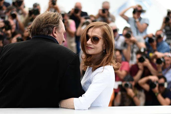 Isabelle Huppert et Gérard Depardieu lors du 68e Festival de Cannes, le 22mai 2015.