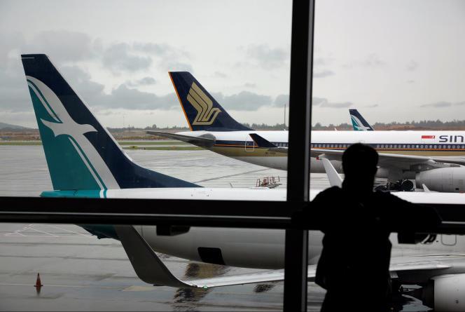 Un avion de la compagnie aérienne SilkAir à l'aéroport internationale de Singapour, le 4 octobre 2017.