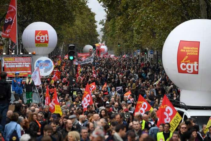 Manifestation pour la défense de la fonction publique, le 10 octobre 2017 à Paris.