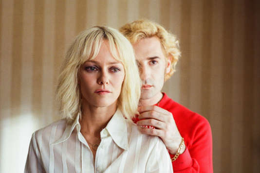 Vanessa Paradis (ici avecNicolas Maury) incarne un personnage inspiré d'Anne-Marie Tensi dans« Un couteau dans le cœur», de Yann Gonzalez.