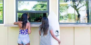 Le service à emporter du Roy's Beach House, àOahu.