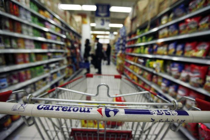 Dans un supermarché Carrefour à Pékin, en 2001.